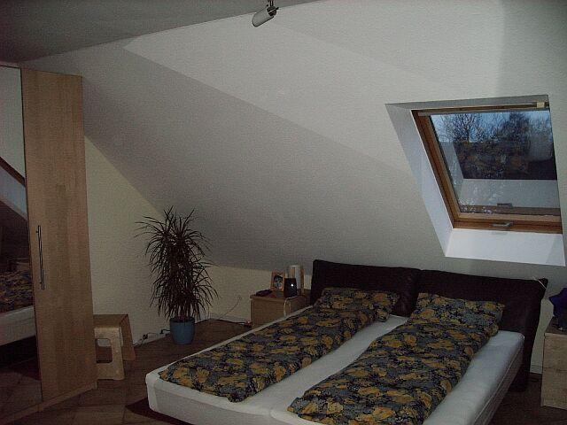 haus. Black Bedroom Furniture Sets. Home Design Ideas